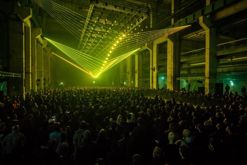 DEEP-WEB_Kinetic-Lights_Kraftwerk_Concert_011-900x600@2x