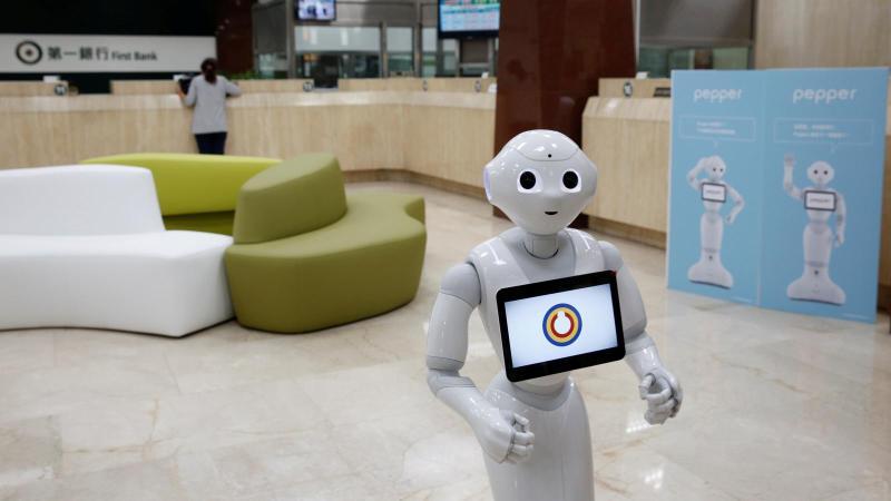 pepper-robot-us-malls-holidays